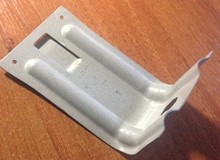 Г-образный кронштейн для крепления фасадных кассет